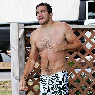 shirtless Jake gyllenhaal